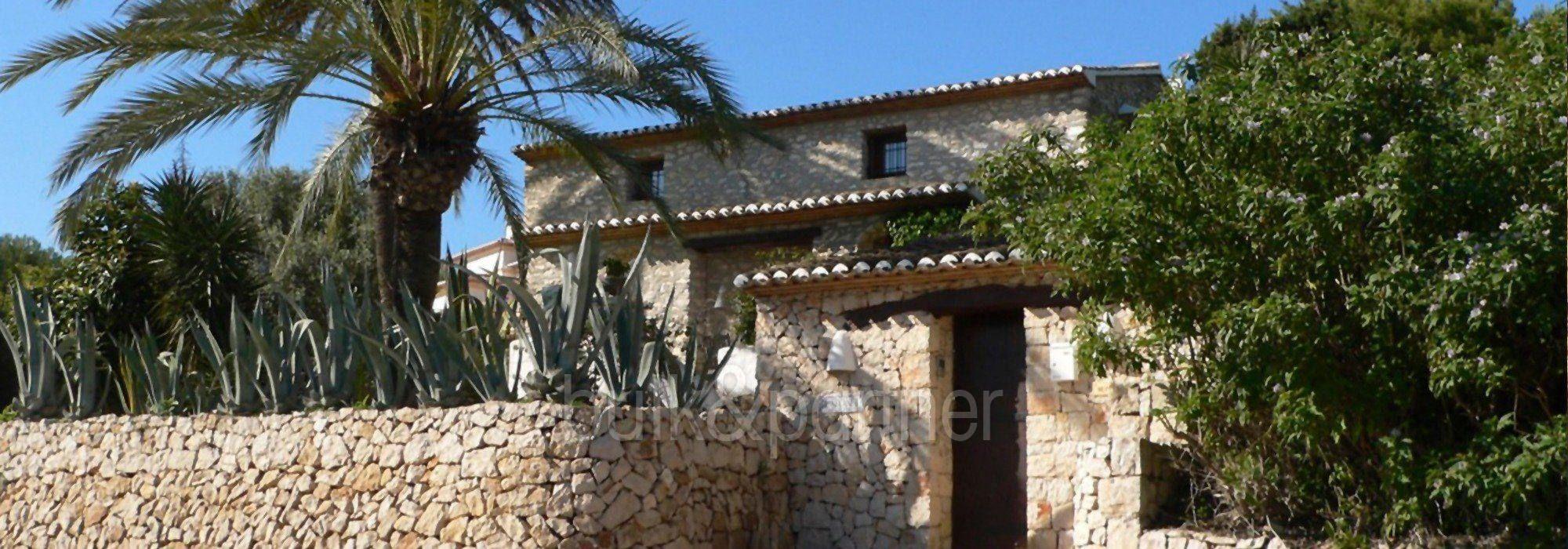 Exceptional stone finca in Moraira