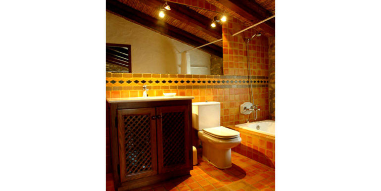 Exceptional stone finca in Moraira Sabatera - Bathroom - ID: 5500006