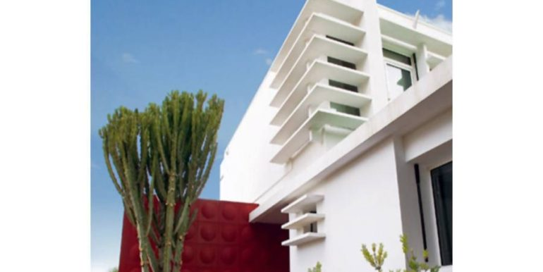 Exclusive luxury villa in Playa del Albir - Lateral facade - ID: 5500224