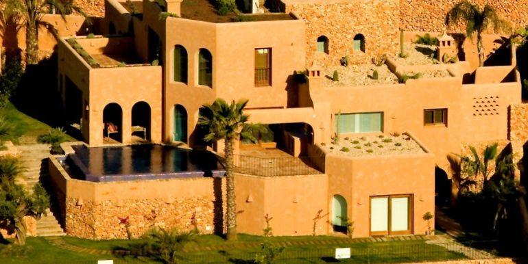 Extraordinary Ibiza style villa in Moraira El Portet – Overall view – ID: 5500001 - Architect Joaquín Lloret