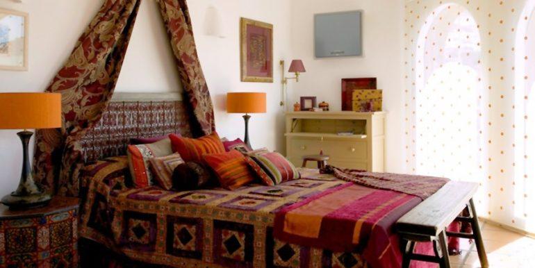 Extraordinary Ibiza style villa in Moraira El Portet - Bedroom - ID: 5500001