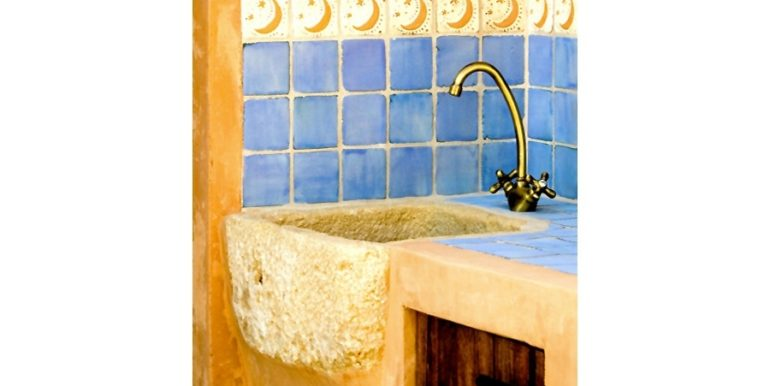 Aussergewöhnliche Ibiza-Style Villa in Moraira El Portet - Aussen Waschbecken - ID: 5500001 - Architekt Joaquín Lloret