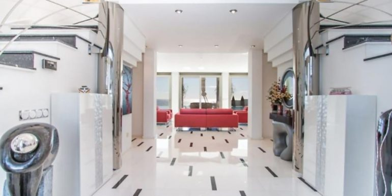 First line luxury villa in Moraira Cap Blanc - Entrance hall - ID: 5500003
