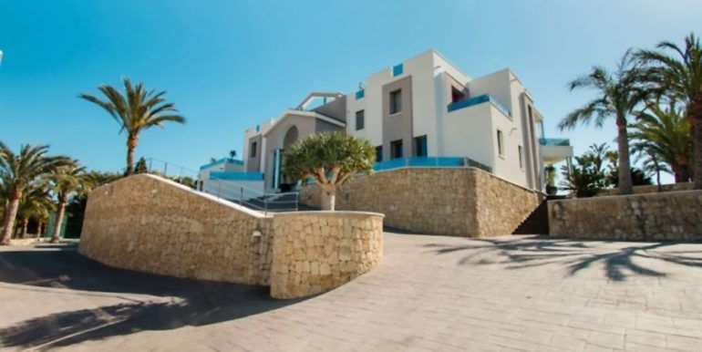 First line luxury villa in Moraira Cap Blanc - Rear view - ID: 5500003