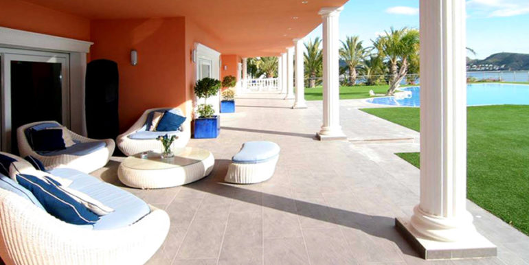 First line luxury villa in Moraira Cap Blanc - Covered terrace - ID: 5500054