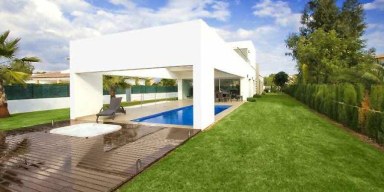 Modern and minimalist villa in Jávea La Guardia Park - ID: 5500034