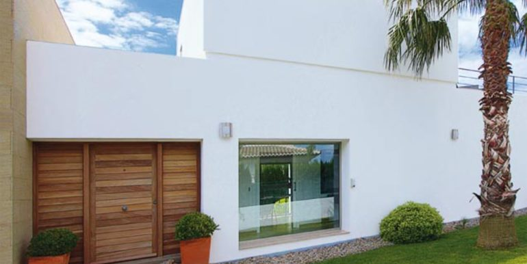 Modern and minimalist villa in Jávea La Guardia Park – Entrance – ID: 5500034