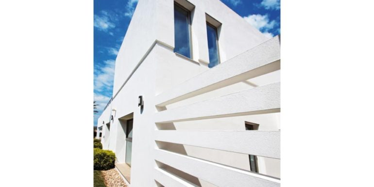 Modern and minimalist villa in Jávea La Guardia Park - Lateral facade - ID: 5500034