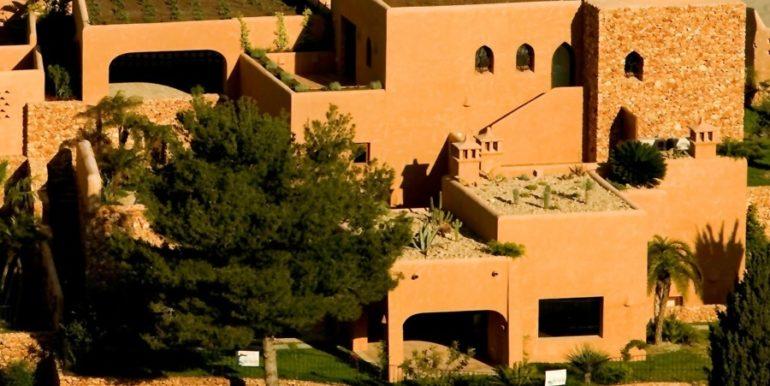 Modern Ibiza style villa in Moraira El Portet – Overall view – ID: 5500002 - Architect Joaquín Lloret