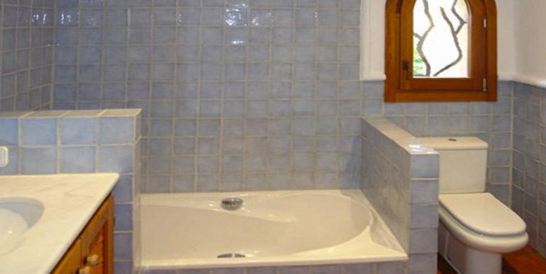 Modern Ibiza style villa in Moraira El Portet - Bathroom - ID: 5500002