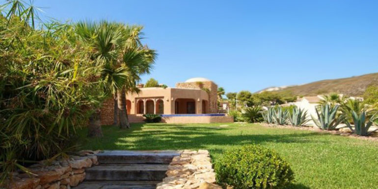 Ibiza style villa with sea views in Moraira El Portet - Jardìn - D: 5500022