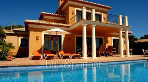 Villa moderna con vistas al mar en Benissa Fanadix - Vista desde la piscina - ID: 5500012