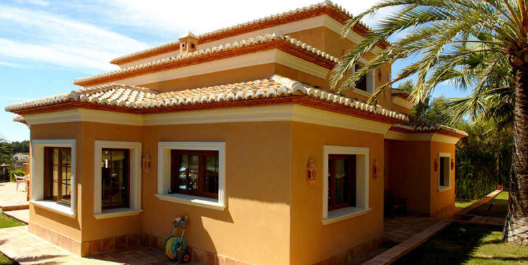 Modern villa with sea views in Benissa Fanadix – Sideview – ID: 5500012