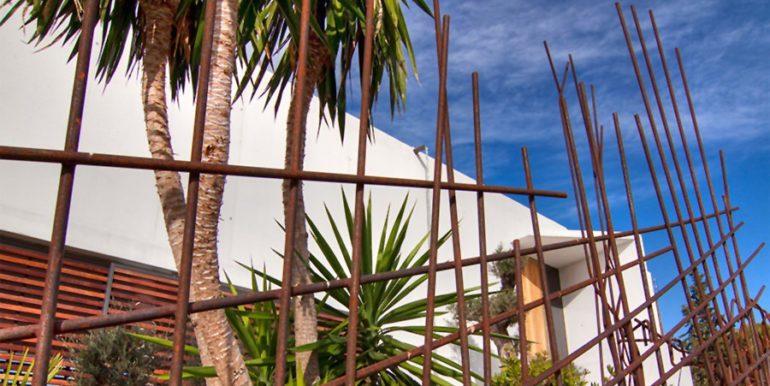 Moderne Design Villa in Benidorm Sierra Dorada - Hinteransicht - ID: 5500052