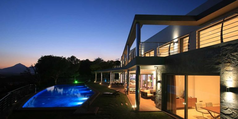 Exclusive first line luxury villa in Altéa Campomanes - By night - ID: 5500659