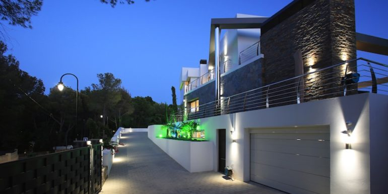 Exclusive first line luxury villa in Altéa Campomanes - By night - ID: 5500659 - Architect David Montés López