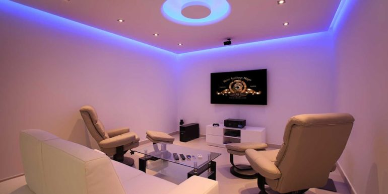 Exclusive first line luxury villa in Altéa Campomanes - Home cinema - ID: 5500659