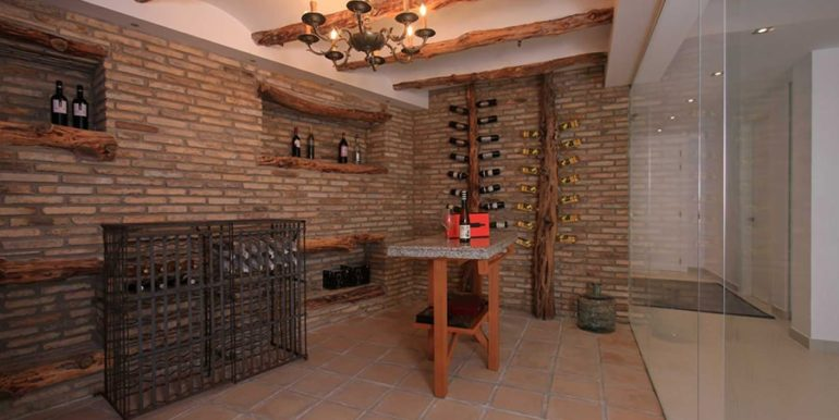 Exclusive first line luxury villa in Altéa Campomanes - Wine cellar - ID: 5500659 - Architect David Montés López