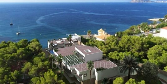 New build sea front luxury villa in Moraira El Portet