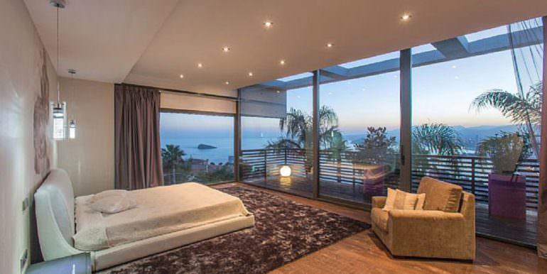 Moderna villa de diseño de lujo en Benidorm Sierra Dorada - Dormitorio principal con vistas al mar - ID: 5500052