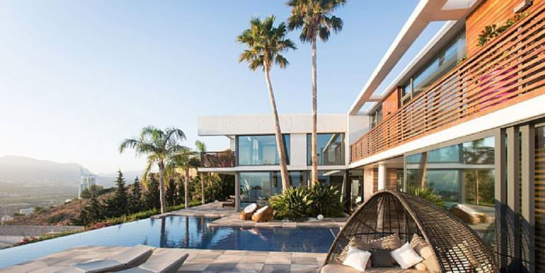 Moderna villa de diseño de lujo en Benidorm Sierra Dorada - Terraza piscina - ID: 5500052