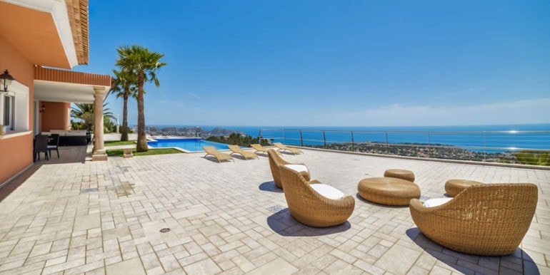 Luxury property with breathtaking sea views in Moraira Coma de los Frailes - Pool terrace and sea views - ID: 5500661
