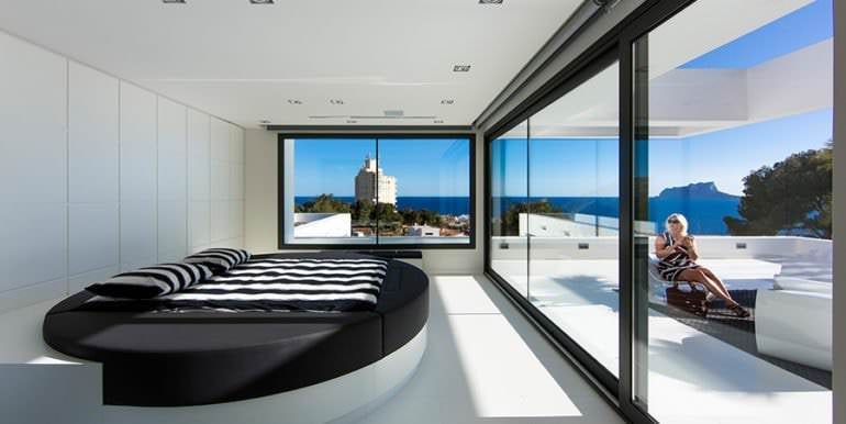 New villa in minimalist style with sea views in Moraira El Portet - Bedroom with sea views - ID: 5500633 - Photographer: Michael van Oosten