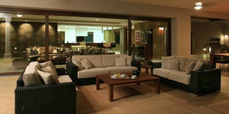 Unique luxury villa in exposed location in Moraira Paichi - Covered terrace lounge area illuminated - ID: 5500660