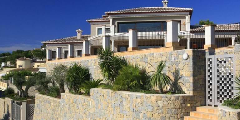 Unique luxury villa in exposed location in Moraira Paichi - Entrance outside - ID: 5500660