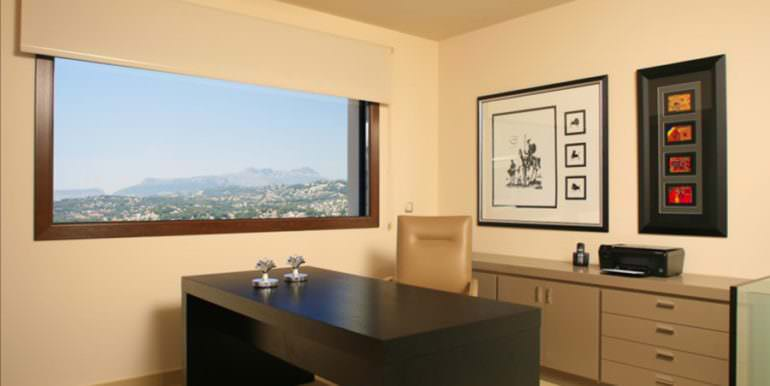 Unique luxury villa in exposed location in Moraira Paichi - Office with mountain view of the Sierra Bernia - ID: 5500660