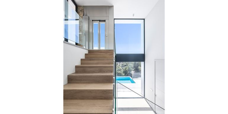 Modern luxury villa with sea views in Altéa Hills - Staircase and elevator - ID: 5500676 - Architecture by Pepe Giner - Photographer Germán Cabo