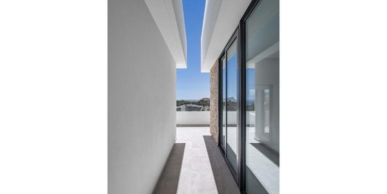 Modern luxury villa with sea views in Altéa Hills - Terrace top-floor with sea views - ID: 5500676 - Architecture by Pepe Giner - Photographer Germán Cabo
