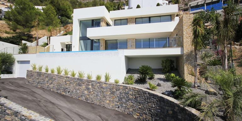 Modern luxury villa with sea views in Altéa Hills - Front of the villa - ID: 5500676 - Architecture by Pepe Giner - Photographer Germán Cabo