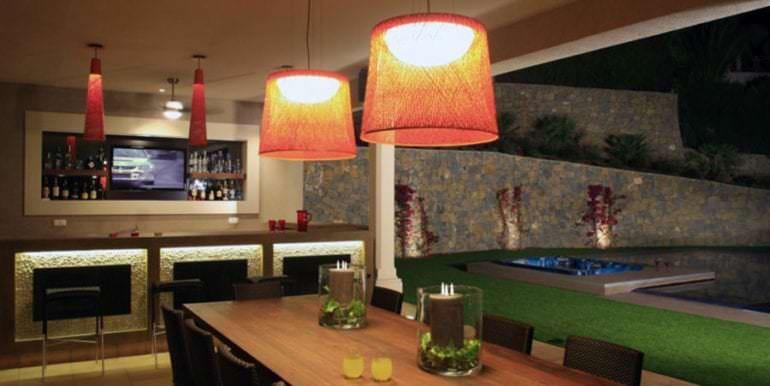 Unique luxury villa in exposed location in Moraira Paichi - Covered terrace dining area illuminated - ID: 5500660