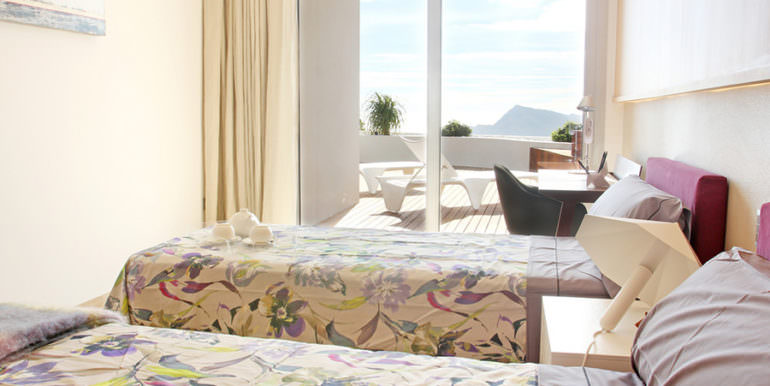 Luxury apartment with incredible sea views in Altéa la Sierra - Bedroom - ID: 5500686