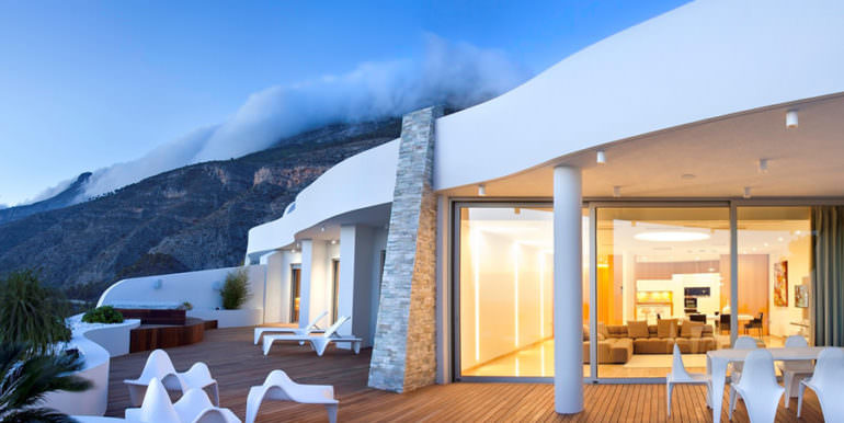 Apartamento de lujo con increíbles vistas al mar en Altéa la Sierra - Terraza cubierta iluminada - ID: 5500686