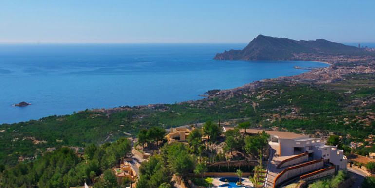 Luxury apartment with incredible sea views in Altéa la Sierra - View from above on the plant and sea views - ID: 5500686