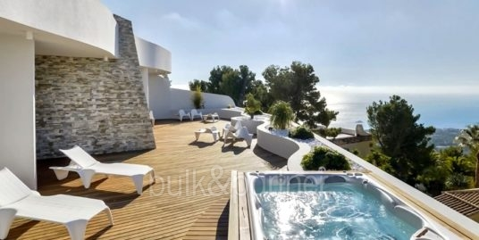 Luxury apartment with incredible sea views in Altéa la Sierra
