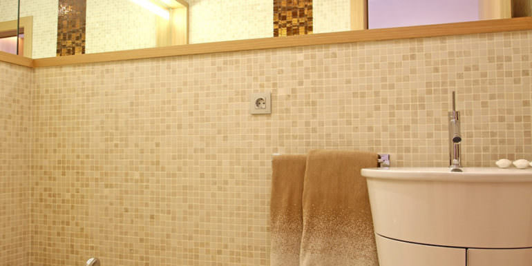 Luxury apartment with incredible sea views in Altéa la Sierra - Guest toilet - ID: 5500686