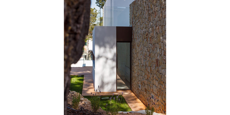 Modern design luxury villa in Moraira Moravit - Side view - ID: 5500684 - Architect Ramón Esteve Estudio