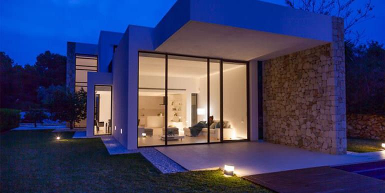 Modern new built luxury villa in Moraira El Portet - Covered terrace illuminated - ID: 5500685 - Architect Ramón Esteve