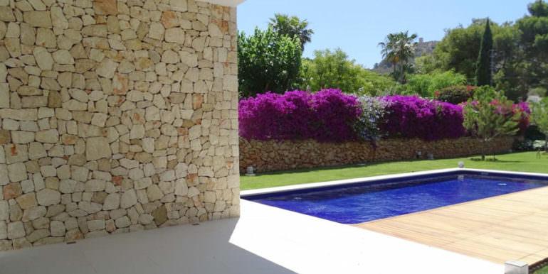 Modern new built luxury villa in Moraira El Portet - Covered terrace, pool and garden - ID: 5500685 - Architect Ramón Esteve