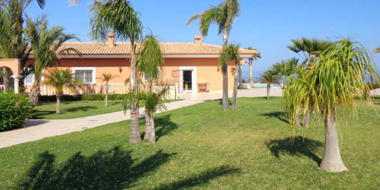 Luxury property in prime location with breathtaking sea views in Moraira Coma de los Frailes - Garden - ID: 5500661