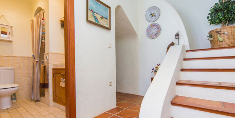 Exceptional ibiza style luxury villa in Moraira El Portet - Entrance and stairs - ID: 5500687 - Architect Joaquín Lloret