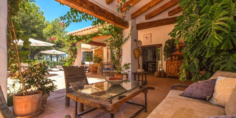 Exclusive Finca property with privacy in Jávea Cuesta San Antonio/La Plana - Covered terrace chillout area - ID: 5500679