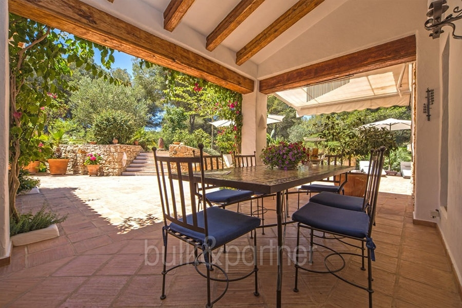 Exclusive Finca Property With Privacy In J 225 Vea Cuesta San
