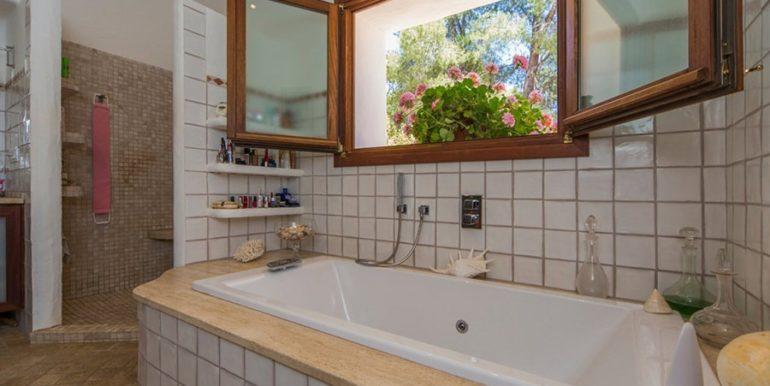 Exklusives Finca Anwesen mit Privatsphäre in Jávea Cuesta San Antonio/La Plana - Hauptbadezimmer - ID: 5500679