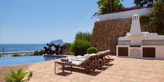 Ibizan luxury villa with harbour/sea view in Moraira Portichol/Club Náutico