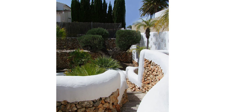 Ibizan luxury villa with harbour/sea view in Moraira Portichol/Club Náutico - Garden - ID: 5500688 - Architect Joaquín Lloret - Photographer Torsten Bulk