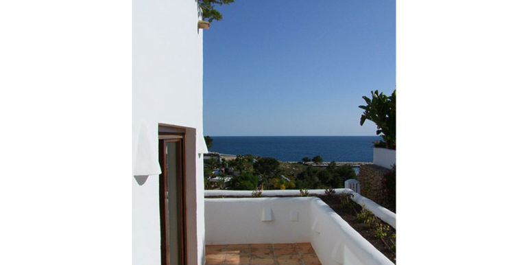 Ibizan luxury villa with harbour/sea view in Moraira Portichol/Club Náutico - Terrace from bedrooms - ID: 5500688 - Architect Joaquín Lloret - Photographer Torsten Bulk